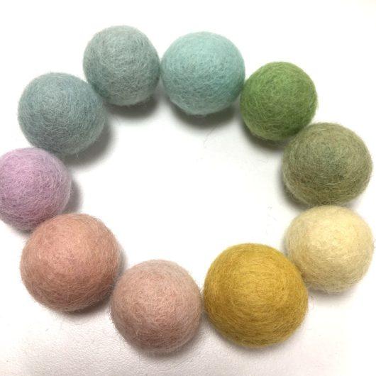 Pastel-Rainbow-Felt