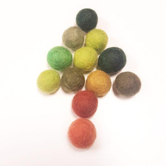 Woodland-Felt-Balls